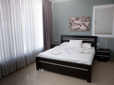 apt4 14 of 48 1 400x300 Grand Deluxe 90sqm Two Bedroom