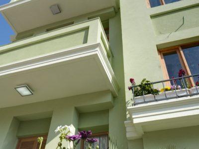 liber yonahanavi web 0182 400x300 Luxury Studio