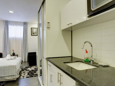 raphael hotels session2 031 400x300 Spacious Two Bedroom Apartment