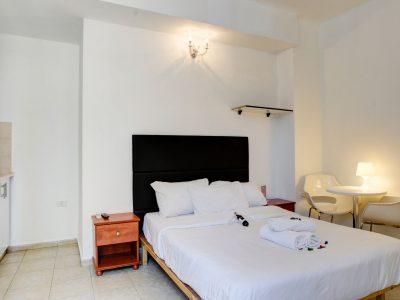 rafael hotels 2013 215 400x300 Deluxe Studio 3