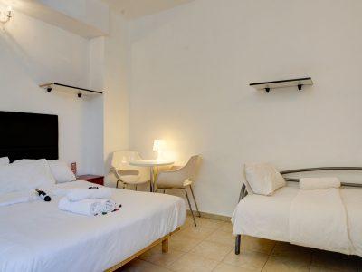 rafael hotels 2013 218 400x300 Deluxe Studio  3