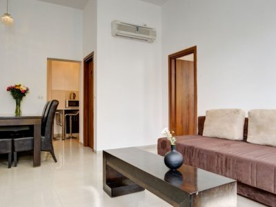 raphaelhotels 374 700x466 400x300 Deluxe One Bedroom Apartments