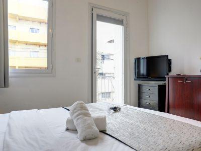 raphaelhotels 380 1 400x300 Spacious Two Bedroom Apartment